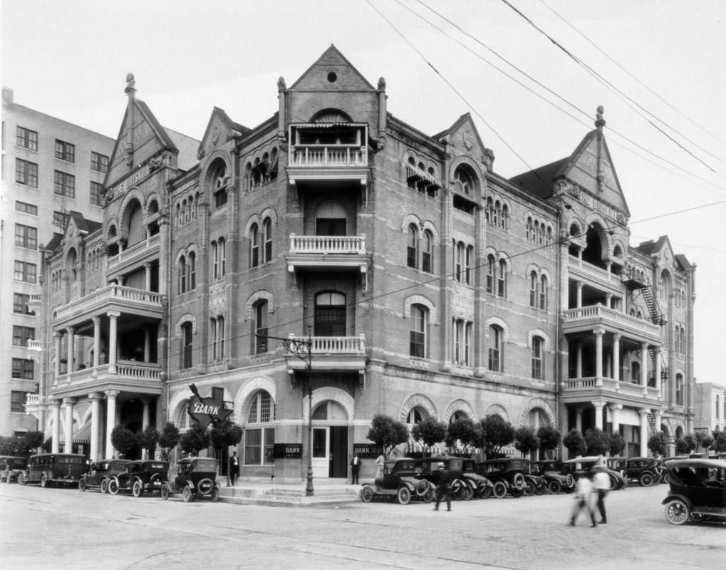 The Haunted Driskill Hotel - Photo